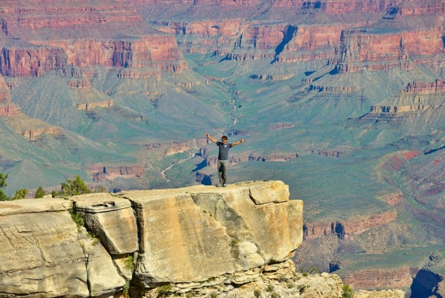 Grand Canyon dare devil